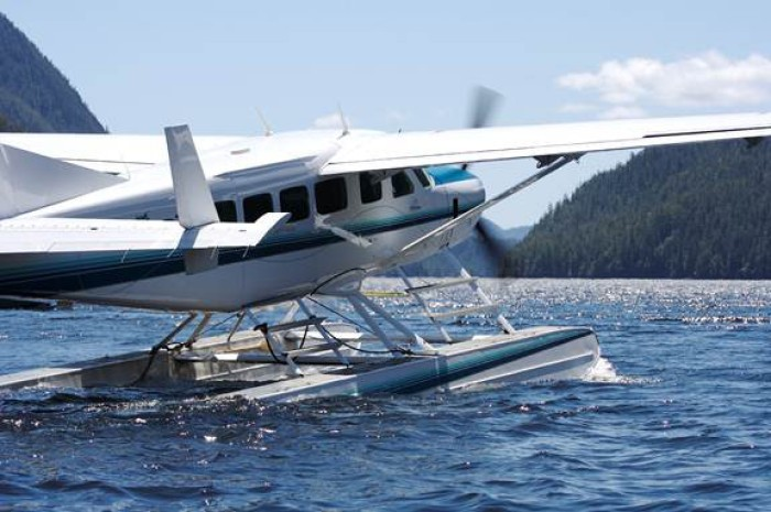 Private float plane charters are available to Siwash Lake Ranch.