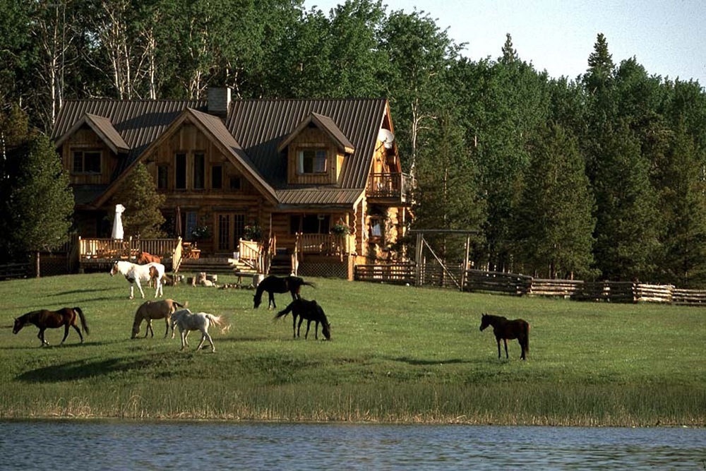All inclusive vacation tailor made luxury packages at for Homes to ranches